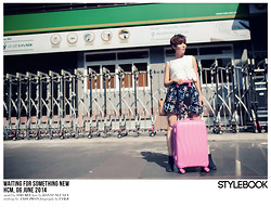 Stylebook V - Zara Flower Cut Out Laser Crop Top, Stylebook Pop Art Mini Skirt, H&M Ankle Boot, Charles & Keith Bags - WAITING FOR SOMETHING NEW