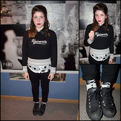 Bárbara Cid - University Sweater, Hearts Blouse, Converse Sneakers, Ribbons Socks - You got the love