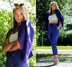 Petra Karlsson - Glasses, H&M Blazer, Top, Pants - Blue n white