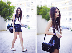 Sofia Reis - Sheinside Top, Stylemoi Shorts, Primark Sandals - WHITE VIBE