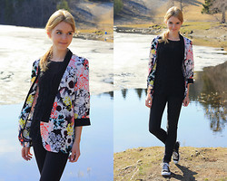 The Fashion Moodboard - Only Floral Blazer - Trondheim