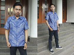Chandra Pramana Putra - Batik Indonesia - My blue