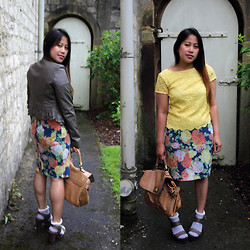 MyStyleStories X - Preloved Crocheted, Vintage Floral, Topshop Ruffles - Yellow and Floral