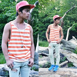 "Brian Peter - Zara Stripe Tank, Ny Long Chain Skull Necklace, H&M Ripped Skinny Jeans, Adidas Sneakers, Ny N - ""ragged"", just the way i like it,"