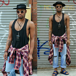 Askia Abdull - Cres. E. Dim Card Holder, American Eagle Flannel, H&M Tank Top, Levi's® Pants - Chillin Out