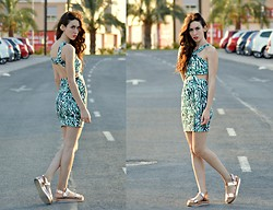 Tricchi TRC - Zara Dress, Zara Sandals - Abertura