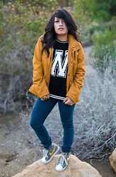 Winnie Angel - H&M Outer Wear, Forever 21 Sweater, Banana Republic Panst, Nike Blazers - W