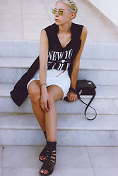 Martina M. - Bikbok Angelica Blick For Skirt, Forever 21 Sandals, Gina Tricot Vest - The b/w Vacationer.