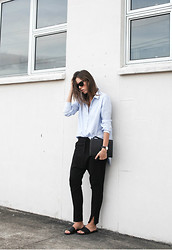 Kaitlyn Ham - Alexander Wang Prisma Skeletal Double Envelope Clutch Bag, Camilla And Marc Domain Ankle Zip Trouser, Common Projects Leather Slide Sandals, Daniel Wellington Classic Sheffield Lady Watch, Hope Man Style Cotton Shirt, Ray Ban Outsiders Oversized Wayfarer Sunglasses - Man Style.