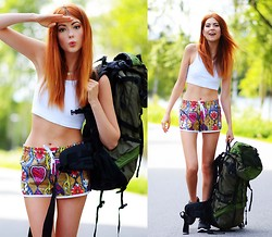 Ebba Zingmark - Adidas Shorts, Nike Sneakers, Topshop Top, Clas Ohlson Backpack, Commeci Necklace - EUROPE HERE I COME