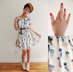 Julie Đặng - Aliexpress Jellyfish Printed Dress, American Eagle Suede Scalloped Bag, Jeffrey Campbell Lace Lita Boots, Kate Spade Bow Ring - Princess Jellyfish (海月姫)