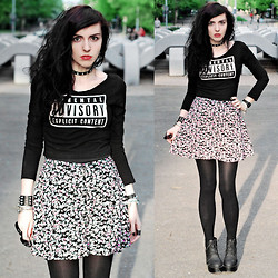 Klara S - H&M Top, H&M Skirt - Parental Advisory