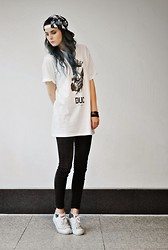 Claudia Michon - T Shirt, Topshop Jeans, Converse Shoes, Topman Hat - Blue, blue, blue