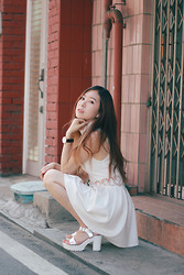 Jina Kim - Sabo Skirt White Dress, Daniel Wellington Watch, None Silver Sandals - Life is a movie
