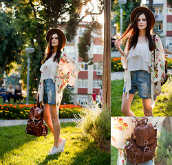 Viktoriya Sener - Kimono Tb Dress, Sheinside Top, Boohoo Shorts, Converse Trainers, Zara Hat, Yargici Backpack - CHILD OF SUN