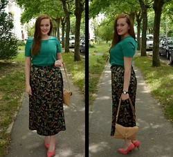 Viktoria Vovkanets - Vintage Skirt - Such a wonderful Saturday