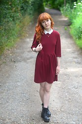 Ellie H - The Whitepepper Dress, Urban Outfitters Socks, Topshop Boots - Collar Classics