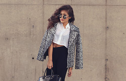 Anniepop Nguyen - Shilla The Label Mirage Animal Print Biker Jacket, Cooper St Top, Mydressroom Rounded Sunglasses, Glassons Glasson Leggings, Michael Kors Selma Tote - Animal Mirage