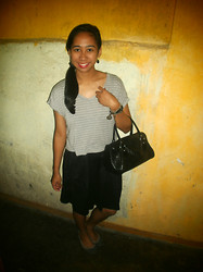 Aileen A. - Cosmopolitan Cropped Top, Random Bracelets, Sm Department Store Black Handbag, Black Skirt, Gray Ballet Flats - I'm Latching On To You