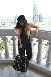 GaiL J -  - Jumpsuit Style with Jessy Bag x Marisara