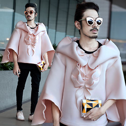 Andre Judd - Jairus Sumineg Pink Neoprene Draped Couture Jacket, Art Deco Mother Of Pearl Clutch, Wear Vingtage Feline Frames, Acne Studios Pink Laceups - MARSHMALLOWS