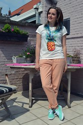 Naomi T - Springfield Pineapple Shirt, Primark Mint Sneakers - Pineapple Happiness