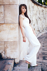 Claudia Lazar -  - A Classy Jumpsuit For A Hot Affair