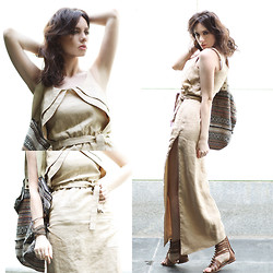 Anastasia Gelfman Silis -  - Camel tones and dress