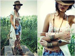 Zorjana Kanjuga - My Handmade Vest - Girl of nature