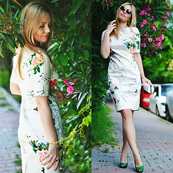 Kseniya Celikdelen - Sheinside Dress, Mango Shoes - CRIMSON