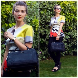 Tasha Hinde - Frontrowshop Bauhaus Print Top, Nica Handbag, Fashion Union Black Flatforms - Art Attack