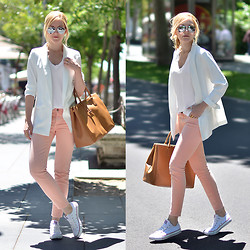 Henar Vicente - Zara Blazer, Converse Shoes - Casual days