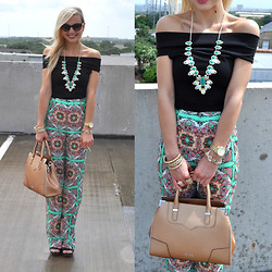 Lauren Vandiver - Kate Spade Sunglasses, Bcbg Top, Michael Lauren Pants, Kendra Scott Necklace, Rebecca Minkoff Bag, Jessica Simpson Wedges, Kendra Scott Ring, Michael Kors Watch, Kendra Scott Bangles - BOHO BRIGHT