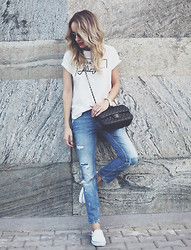 Silvia P. - Zara Tshirt, Zara Jeans, Kappa Primsolls, Chanel Purse, Guess? Watch, Zerouv Sunnies - Summer in the city