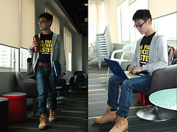 Aloy Chua - Bench Hoodie, Lean Startup Machine Shirt, Starbucks Coffee Tumbler, Victorinox Backpack, Apple Macbook Pro, Uniqlo Denims, Timberland Work Boots - Fail Fast, Succeed Faster.