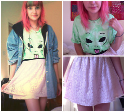 Amy K - Etsy Planet Choker, Ripndip Face, Primark Floral Skirt - You're out of this world.