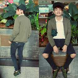 Rex Dela Cruz - Human Snapback, Markus Jacket, Camouflages Shoes, Mens Club Polo - Strolling