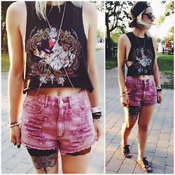 C H Я I ϟ T I N Δ - Garage Bikini Top - Warped Tour Outfit