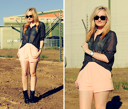 Izzy Bea - Kmart Polka Dot Blouse, Sabo Skirt Peach Shorts, Roc Leather Lace Up - DIRT CHEAP