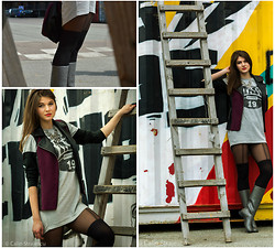 Cerasela Bortos - H&M Suspender Tights, Vila Vest, H&M Short Sporty Dress - Pay or play