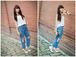 Sylwia K. - White Top, White Heels, Boyfriend Jeans - You know nothing