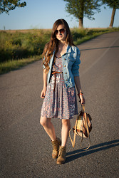 Andreea Mircea - Takko Denim Jacket, C&A Patterned Dress, Vintage Backpack - Denim and patterns