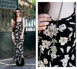 CLAUDIA Holynights - 6ks Floral Maxi Dress, Hellaholics All Jewellery - I Put A Spell On You