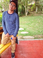 Jovie James Ronquillo - Gap Blue Sweater, Vans Checkered Rubber Shoes, Penshoppe Brown Pants - My Style for a Cold Weather