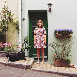Little L - Asos Bug Print Dress, Ugg Indah Shoes, Rupert The Cat - #bestdaysofsummer