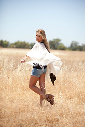 For Elyse - Lush Kimono, M Rena Seamless Tank Top, Silver Brand Shorts, Soda Wedges - Field of Dreams