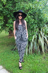 Nicola McLaughlin - George At Asda Jumpsuit, Topshop Hat, Topshop Sandals, Alexander Mcqueen Bangle - Summer in Monochrome