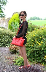 Jodie Barry - Primark Tortoiselle Sunglasses, Zara Net Sweater, Primark Black Tank Top, Michael Kors Orange Selma Satchel, Stradivarius Black Skort, Michael Kors Orange Sandals - Sports luxe
