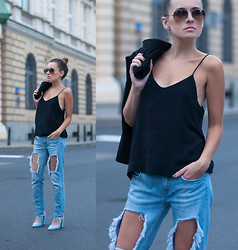 Kinga StyleOn -  - Ripped Jeans, MORE: WWW.STYLE-ON.PL