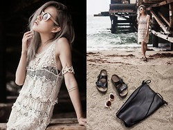 Eugénie Grey - Windsor Crochet Tunic, Windsor Starfish Cuff, Birkenstock Arizona Classic - High Tide
